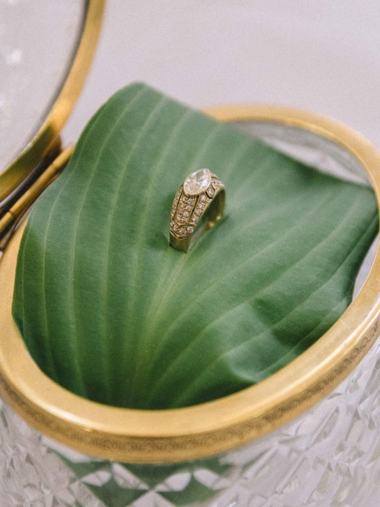 Antique engagement rings Toronto - Cynthia Findlay - Olive Photography