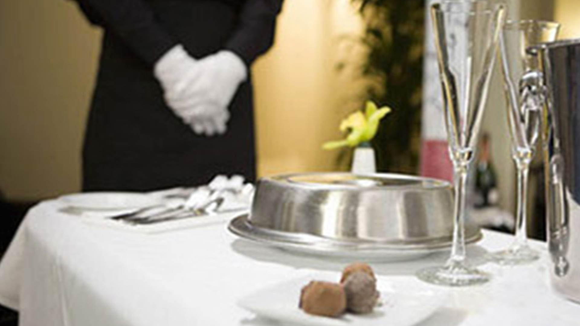 In Room Dining Services Olivetree Hotel