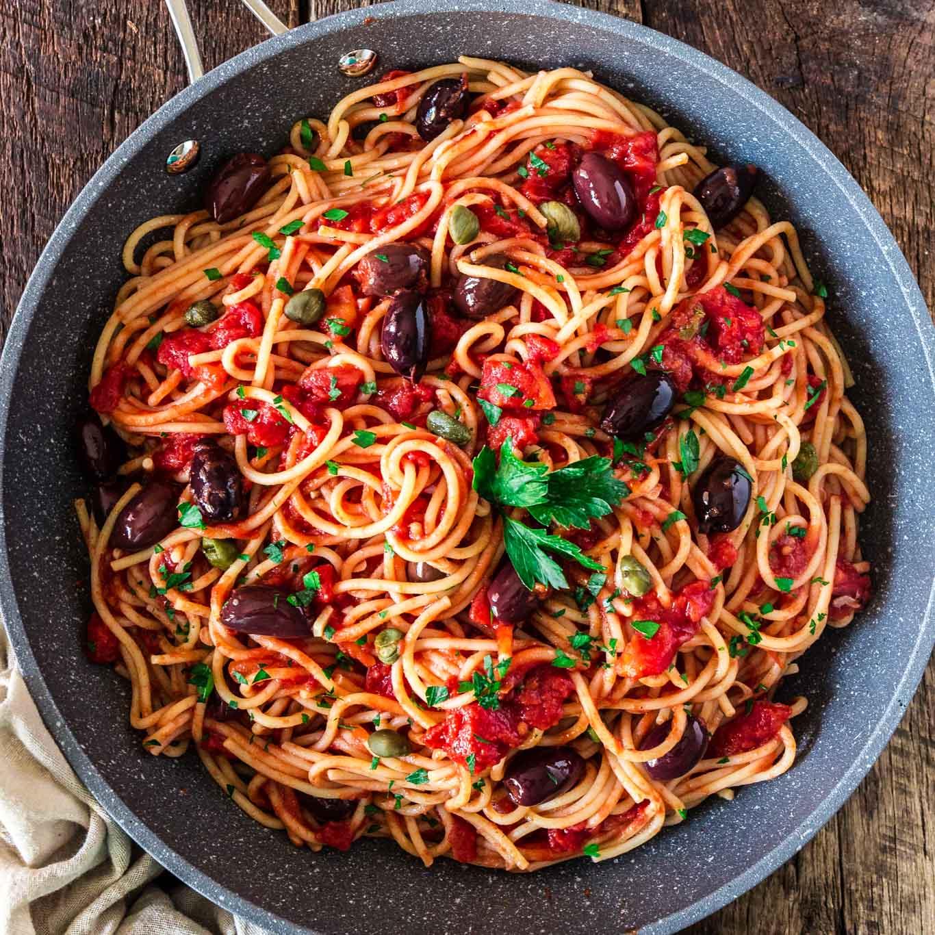 Spaghetti alla Puttanesca  Olivias Cuisine