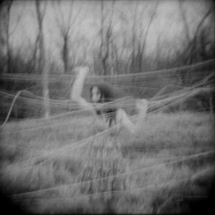 seance-photo-mode-portrait-lysiane-clement-2012-01-Lysiane-Argentique-003-900px