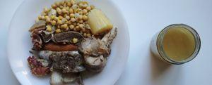 cocido madrileño con sopa y carne