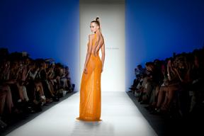 SKO_3521 orange gown