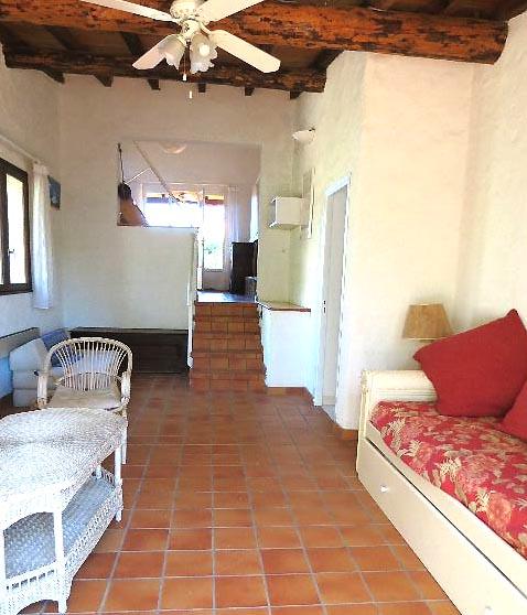 64-location-villa-corse-sud-sejour-vueterrasse