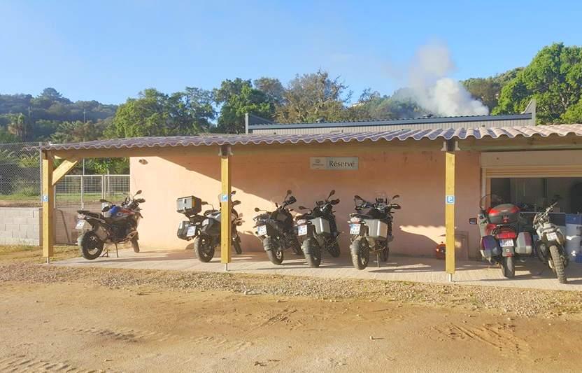 olmuccio parking moto