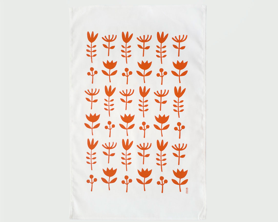 Cotton kitchen towel.