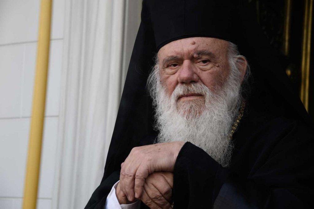"""Την Ιερά Σύνοδο συγκαλεί ο αρχιεπίσκοπος Ιερώνυμος μετά το νέο """"λουκέτο"""" στις εκκλησίες"""