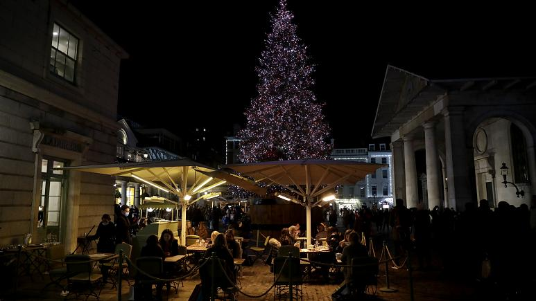 COVID-19 | Τα δύσκολα Χριστούγεννα - Περιοριστικά μέτρα και lockdown