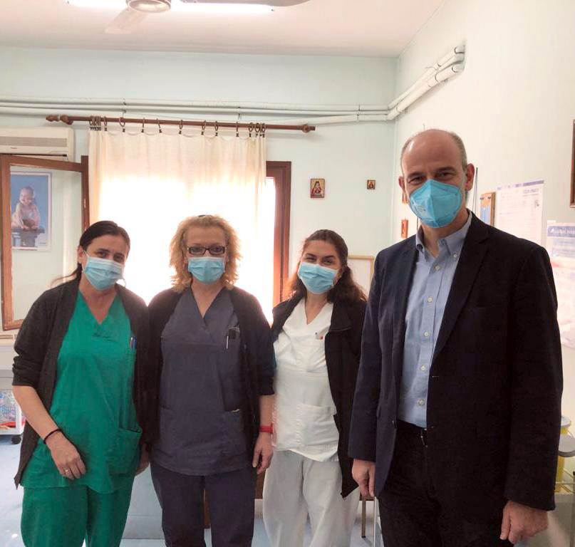 Επισκέψεις Μπαραλιάκου σε εμβολιαστικά κέντρα της Πιερίας