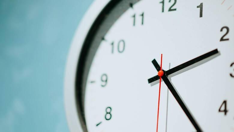 Την Κυριακή (28/3) γυρνάμε τα ρολόγια μία ώρα μπροστά