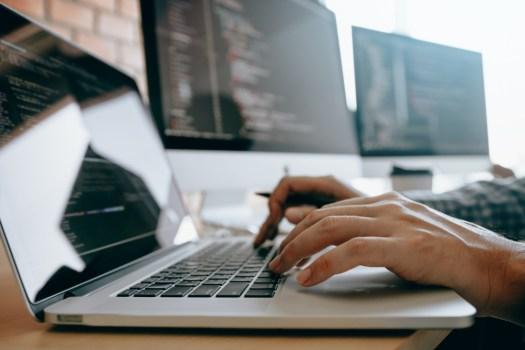 website developer pros and cons