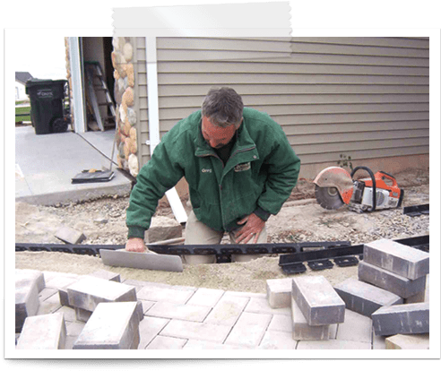 how to install paver edgings