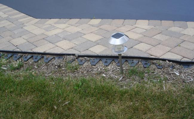 paver-edging-mistakes007