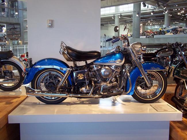 barber-motorcycle-mus-920-11
