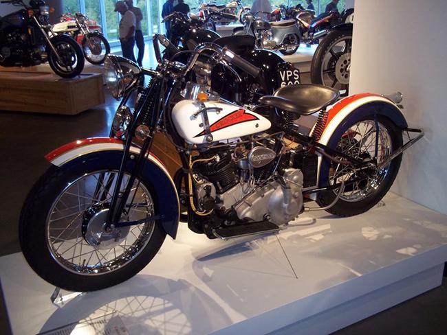 barber-motorcycle-mus-920-30