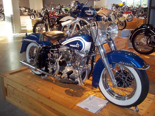 barber-motorcycle-mus-920-9
