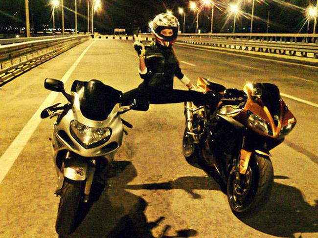 mulheres, motocicletas