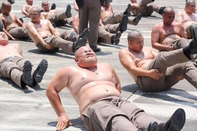 policiais obesos