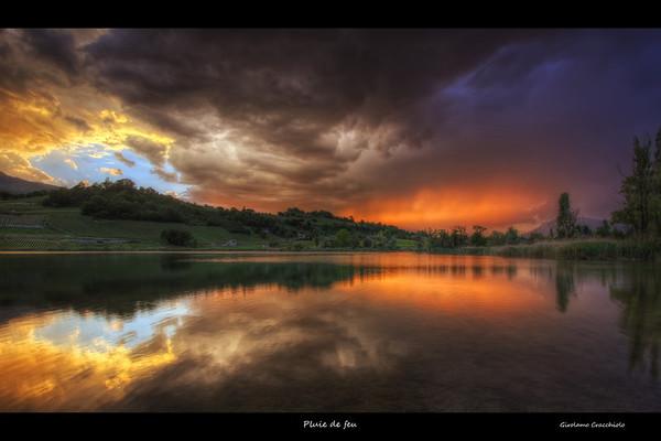 Pluie de feuFollow me on my-Facebook page:   Girolamo's HDR photos-Google+ page: Girolamo Cracchiolo