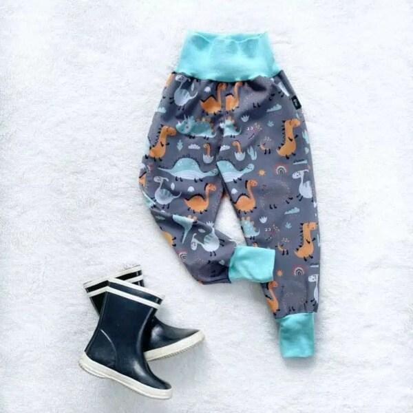 Kiwi softshellové nohavice zateplené dinosaury- Oma & Luj