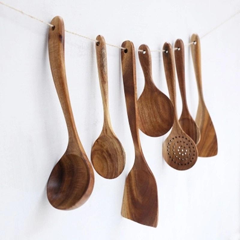 7 ustensiles de cuisine en bois écologique
