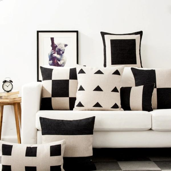 housse de coussin motif géométrique noir blanc