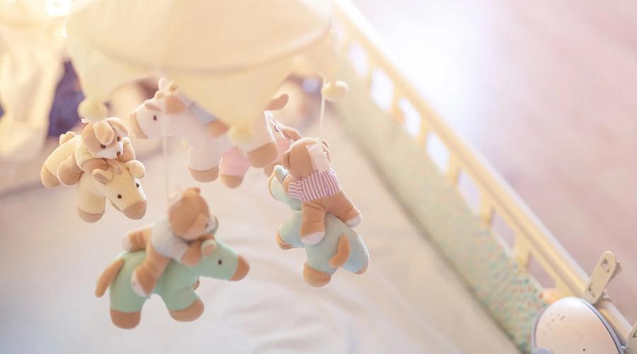 mobile eveil chambre bébé