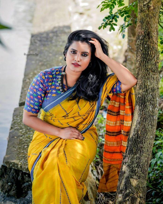 Roshna Ann Roy 15