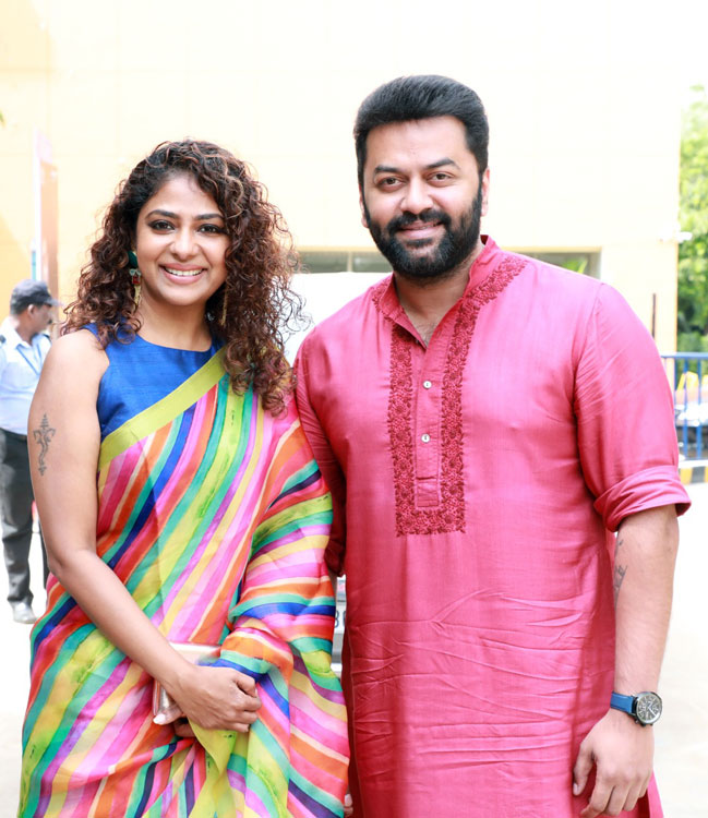 Actor Indrajith With Family