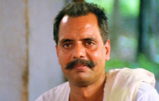 oduvil unnikrishnan in ponmuttayidunna thaaravu1988