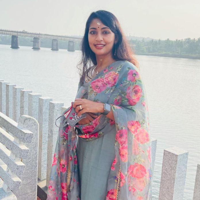 Navya Nair 7