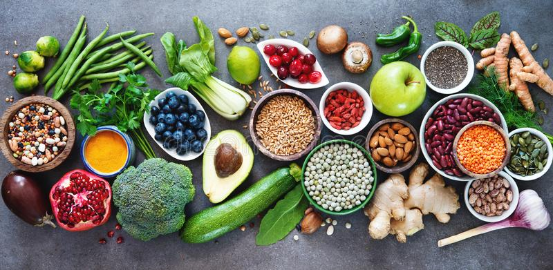5 superfoods to boost a healthy diet