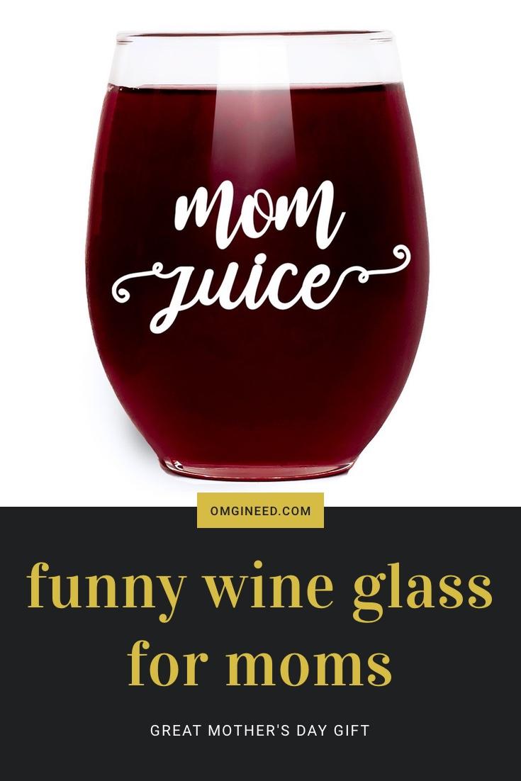 """""""Mom Juice"""" Funny Wine Glass"""