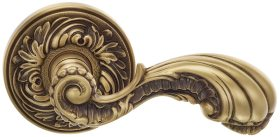 Item No.425 (Interior Ornate Lever Latchset - Solid Brass) in finish BAS (Siena Brass, Lacquered)