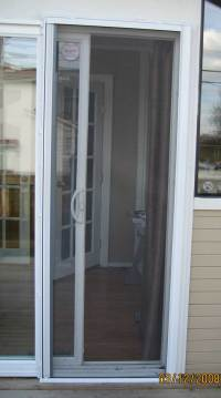 Uye Home: Sliding Screen Door