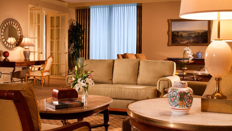 Las Colinas Hotel Suites  Omni Mandalay Hotel at Las Colinas