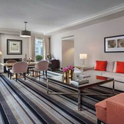 Hotel With Living Room Contemporary Looks For New York Balcony Omni Berkshire Place Rodgers Hammerstein Suite