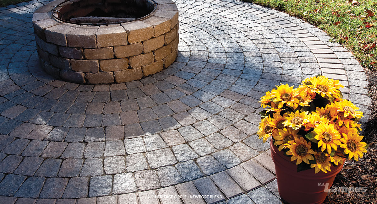 heritage circle paving kit made with our popular paving stones