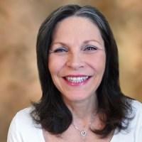 """<center><a href=""""http://www.omnisara.com/organizer/leah/"""">Rev. Leah Hudson</a><center>"""