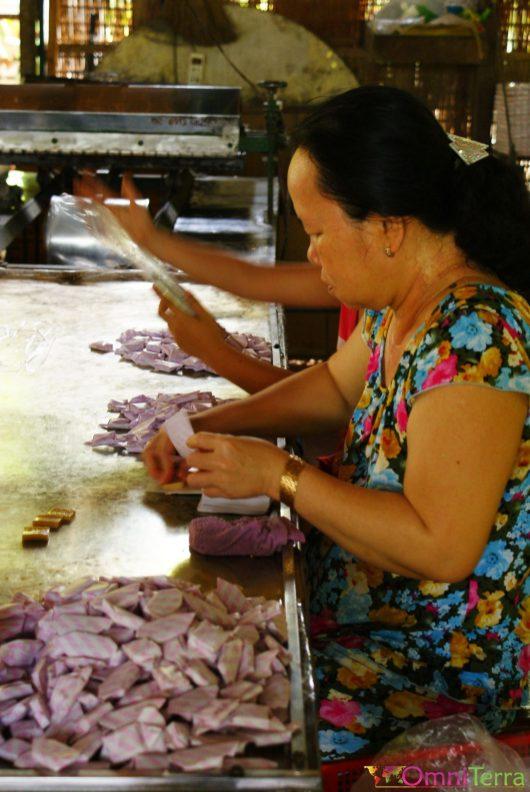 Vietnam - Delta du Mékong - Fabrication de confiseries à la noix de coco