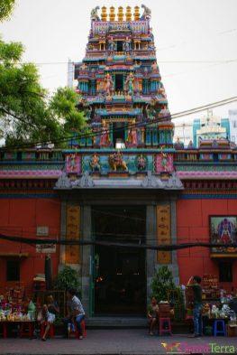 Vietnam - Ho Chi Minh - Temple Indou