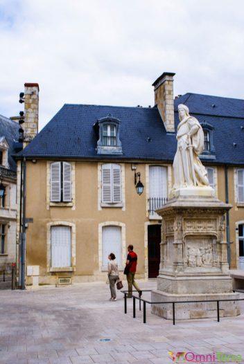 Bourges - Statue de Jacques Coeur