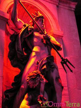Lyon - Fête des Lumières - Statue illuminée