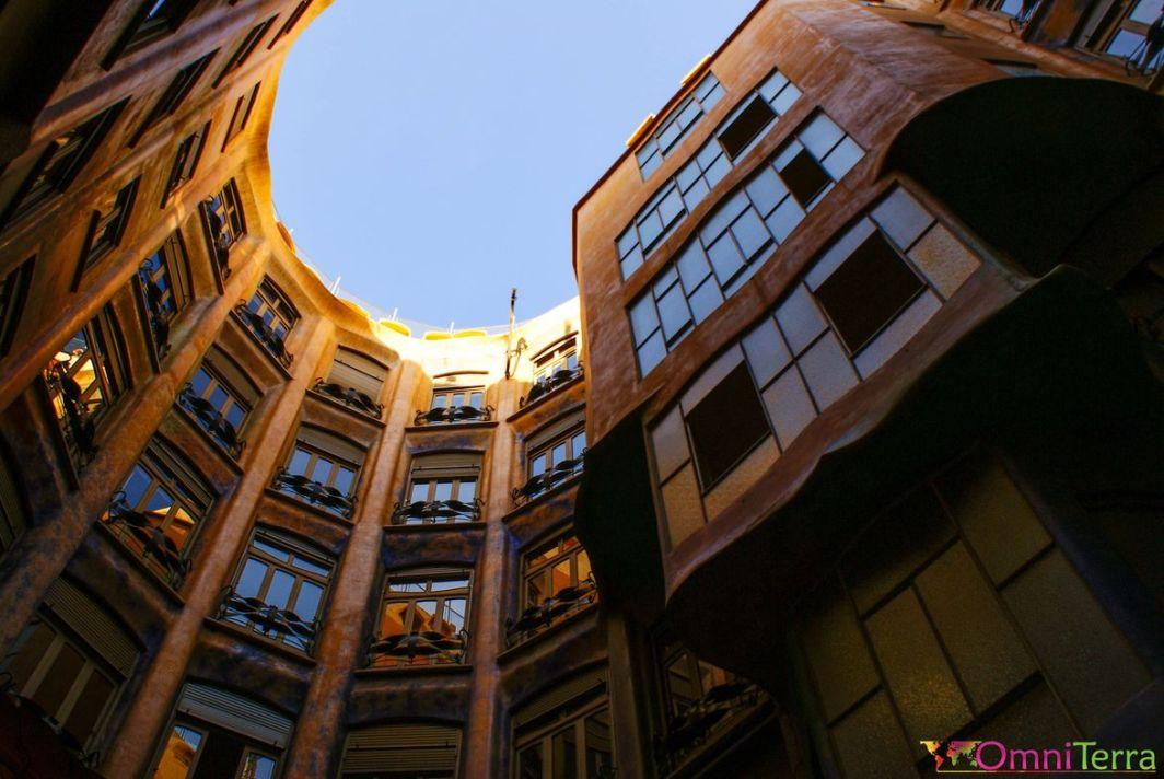 Barcelone-Casa-Milà-Cour-interieure