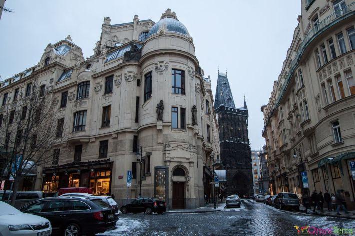 Prague-Stare-Mesto-Tour-poudrière