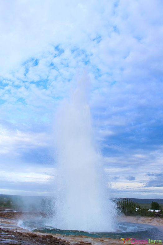 Islande - Geysir - Explosion geyser 5