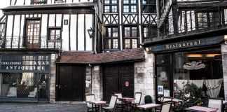 Rouen-Place-Saint-Maclou