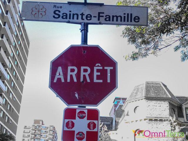 Québec - Panneau ARRÊT