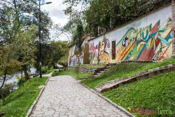 equateur-cuenca-promenade-rio-tomebamba