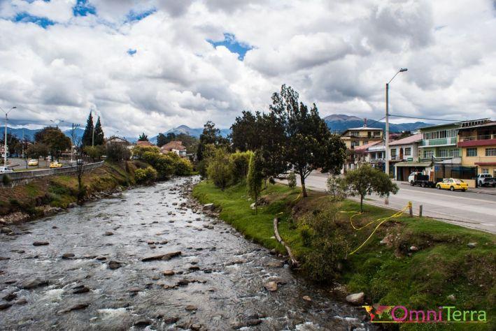equateur-cuenca-riviere-tomebamba