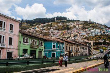 equateur-quito-favela